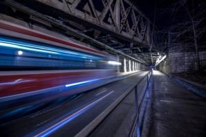 light-trails-of-streetcar_4460x4460
